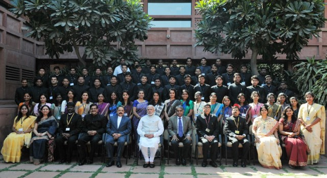 Modi with IAS officers