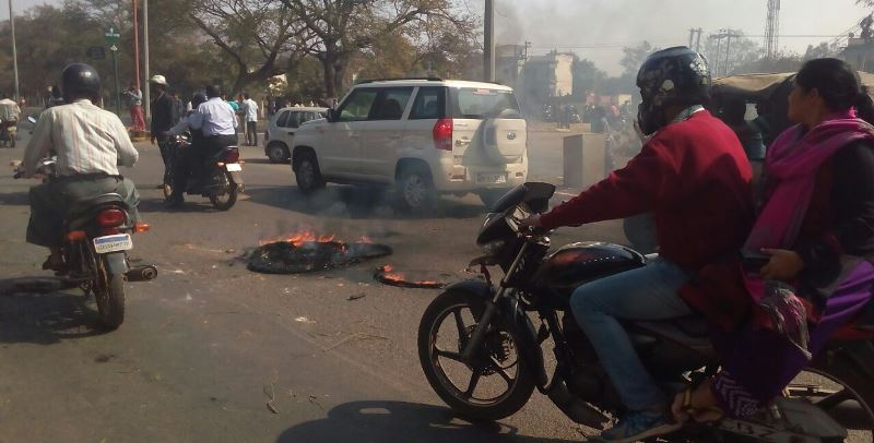 Lathi charge during BJP's Odisha CM res gherao attempt; several injured