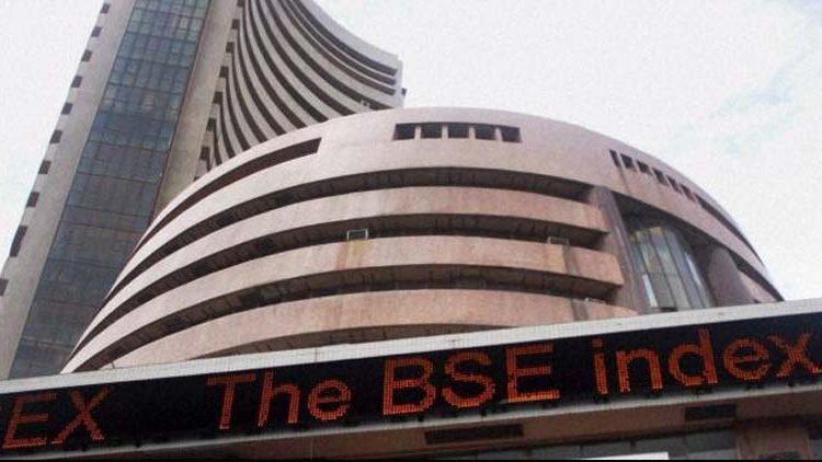 Sensex slumps 470 points