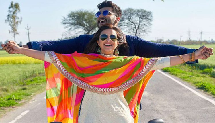 Arjun Kapoor and Parineeti Chopra in a still from Tere Liye