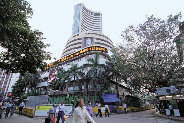 BSE Sensex, Nifty Drop Amid Weak Global Cues