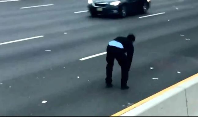 Note Spill on highway