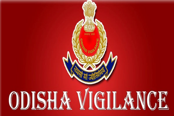Factories & Boilers Director caught red handed by vigilance, arrested