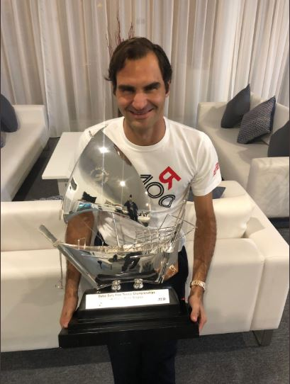 Roger Federer wins special 100th title at Dubai Championship