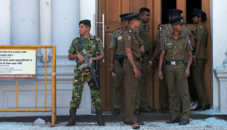 SL blocks Facebook, WhatsApp after mosque attacked