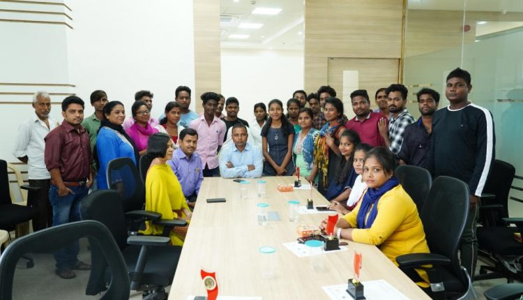 BSCL Felicitates Youth Leaders For Volunteering During Fani
