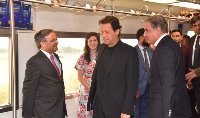 Pak PM Imran Khan Arrives In US With Army Chief, Intelligence Officials