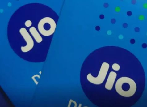 Jio Teams Up With Facebook For 'Digital Udaan' Literacy Initiative