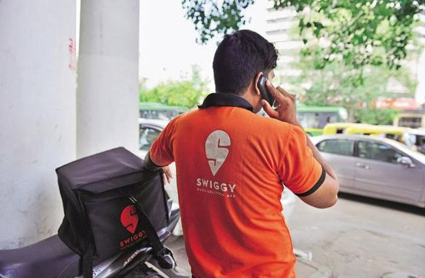 Swiggy Looking To Deliver Food To Customers In 10 Minutes