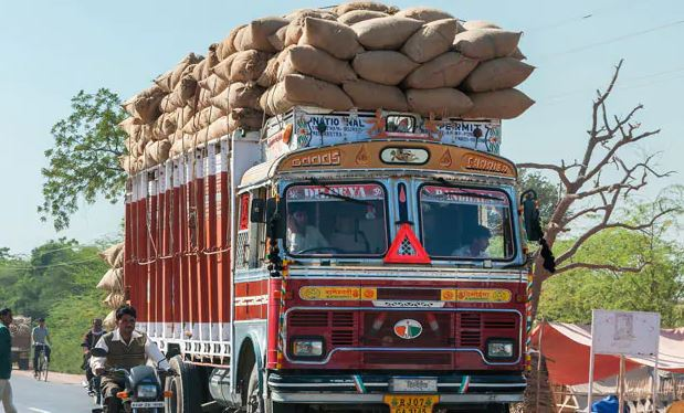 Rajasthan truck owner fined Rs 1.41 lakh in Delhi