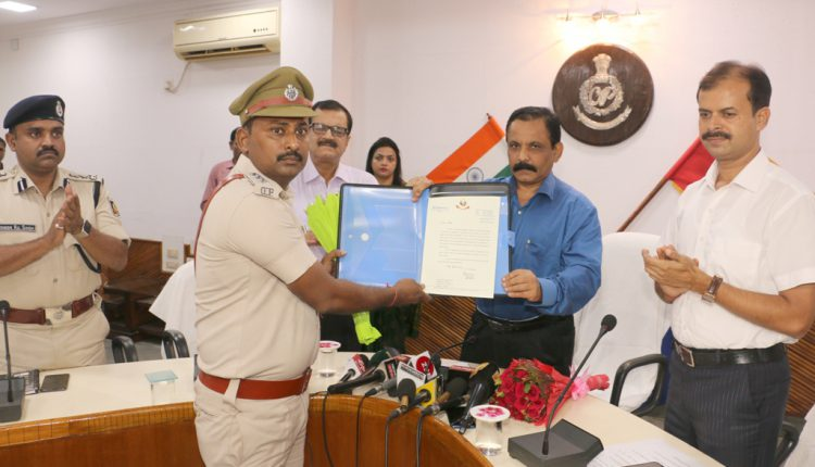 Investigating Officer And Public Prosecutor Felicitated For Conviction