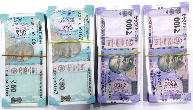 Fake currency notes of Rs 100, Rs 50 seized in Odisha's Khordha; 2 held