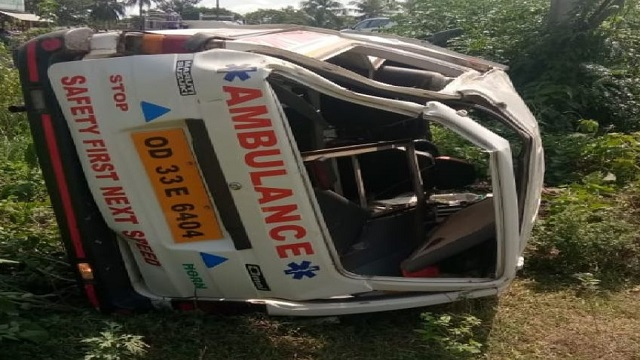 ambulance accident in kendrapara