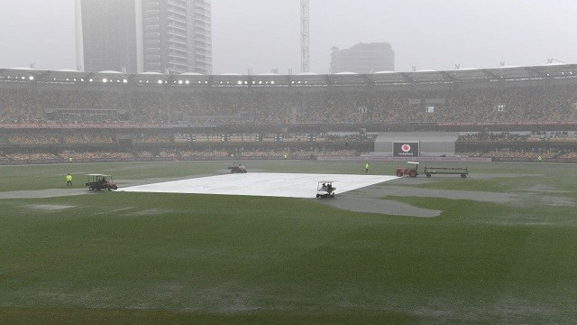 rain washes out 3rd session of 4th test