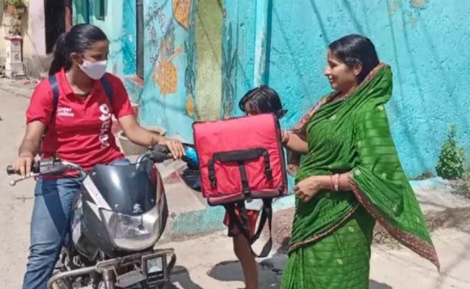 zomato delivery girl odisha