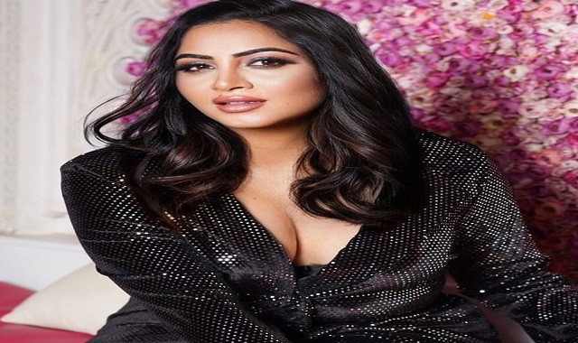 Arshi Khan wants to learn wrestling from Great Khali