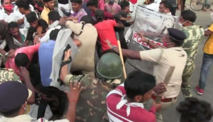 Lathi-charge in Bargarh